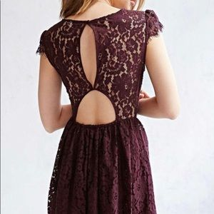 Urban Outfitters | Kimchi Blue | Lace short dress